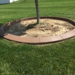 Serving the La Crosse area for all the custom curbing and concrete needs. Decorative edging keeps rock/mulch and other debris out of your lawn.